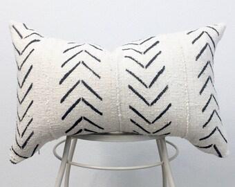 African Mud Cloth Pillow Cover, Arrow, 12 x 20 lumbar