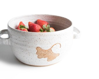 White Ginkgo Stoneware Berry Bowl / Ginkgo Berry Bowl / Ceramic Colander / Pottery Berry Bowl / Handmade Berry Basket /IN STOCK