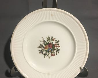 "Vintage Set of 2 Wedgewood Edme Conway Cream Colored 8"" Salad Plate with Floral Design England"