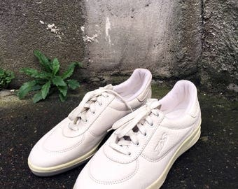 White GER shoes