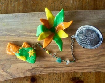 Tropical Fish Tea Infuser with Flower dish, Handmade Porcelain-Clay Tea Infuser