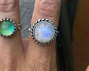Beautiful Vintage Moonstone Ring, Blue flash, 12mm Ring, Non tarnish, Size 7