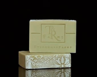EAT YOUR GREENS - Luxury Handcrafted Shea Butter Body Soap Bar
