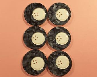 Vintage 1930's large plastic buttons, set of 6.