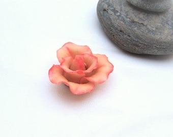 Sculpted rose cold porcelain (lot no. 2)