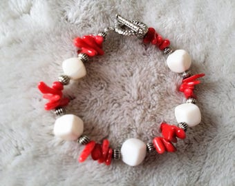 White and Red coral beaded bracelet