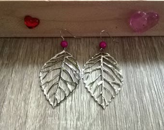 Leaf earrings and pink beads