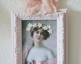 Pink shabby chic frame