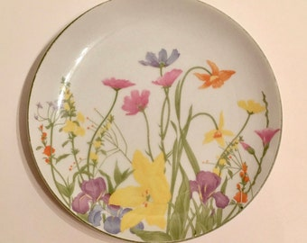 """Vintage """"Day Lily"""" by Seymore Manning Luncheon or Salad plate"""