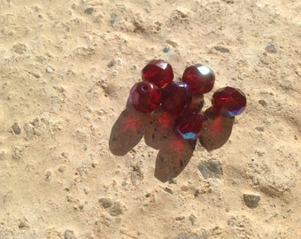 Metallic faceted beads
