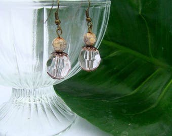 Earrings with faceted and marbled bead