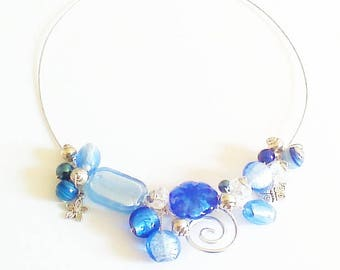 Glass necklace, life in blue.