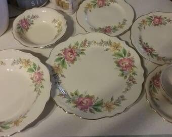 Vintage Homer Laughlin Virginia Rose China CAC186 Pattern