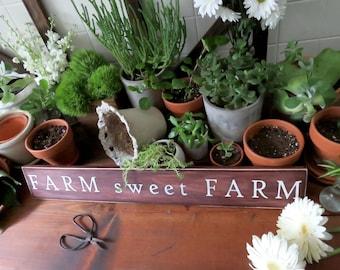 Farm Sweet Farm Sign. Farmhouse Sign. Rustic Wooden Sign. Rustic Home Decor. Farmhouse Style. Farm Wooden Sign. Country Home Decor.