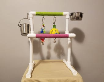 the leveler portable parrot stand w cup