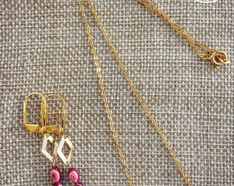 Stunning necklace and earrings plated gold with rare red rice pearls Japanese vintage Valentine's day gift