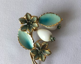 vintage ENAMEL AQUAMARINE FLOWER Blue Gold White Metal Pin Brooch Jewelry 1950s