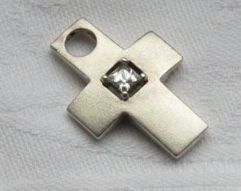 Vintage Dutch sterling silver crucifix pendant with clear cut stone 1970s