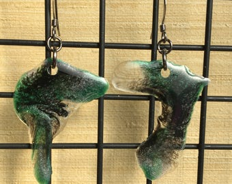 Sparkly Epoxy Earrings - Black, Green, Clear