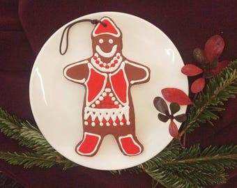 Holiday Cookie Ornament: Gingerbread Man
