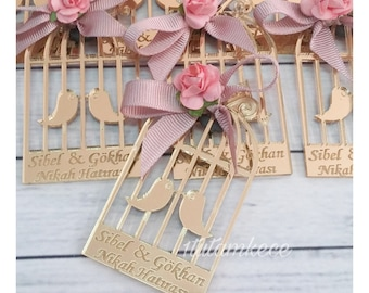 10 Acrylic Glass Bird Cage Magnet Wedding Favors - Laser Engraved Personalized Favors- Lasercut Wedding Gifts- Guest Gifts- Pink and Gold