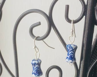 Dainty vintage blue and white ginger jar beaded earrings