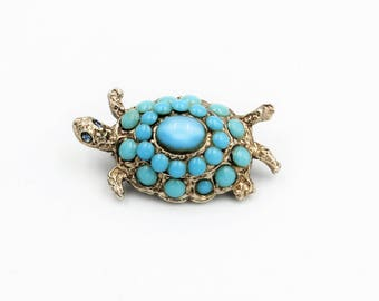 Vintage silver tone turtle pin with imitation turquoise