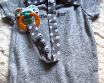 Bow tie pacifier clip