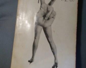 Vintage Mash paperback book