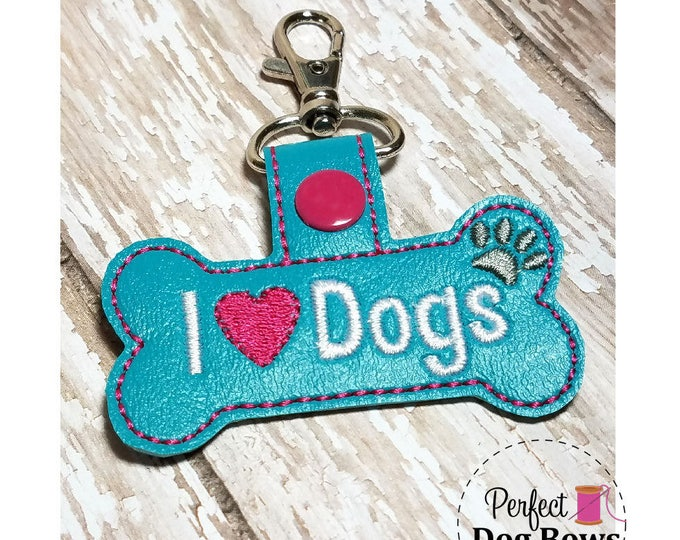 Dog Bone Keychain, I Heart Dogs Key Chain, I Heart Dogs Key Fob, Dog Bone Key Fob, Dog Tag Holder,  Gifts for Pet Lovers, Gifts for Dogs