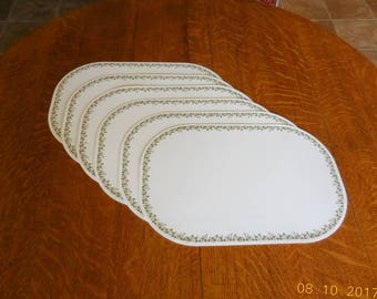 Six Corelle Placemats In Spring Blossom Green Design   Corelle Coordinates Reversible Placemats