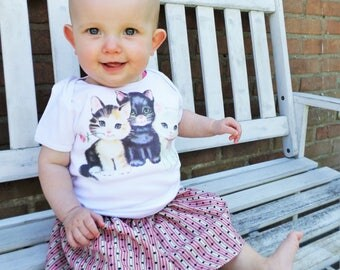 Shower Gift, Vintage Kitties, Graphic Top, Gift for Girl, Cat Shirt, Baby Mommy, Baby T-Shirt, Baby Girl, Baby Gift, Cat Shirt, Kitty Shirt
