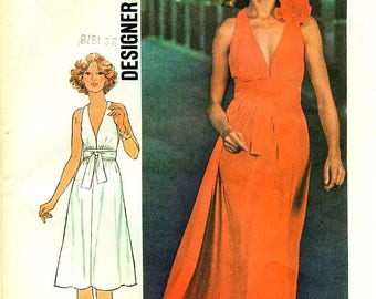 Simplicity 7712 Cleavage Cut-Away Armhole Dress VINTAGE 1970s  Size Small ©1976 DESIGNER FASHION