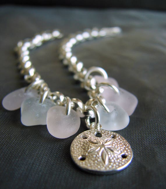 Little Sand Dollar sea glass bracelet in pink and white