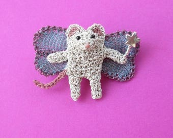 Fairy mouse brooch - cute brooch, crochet wire animal jewelry, whimsical animal, unusual gift, mouse jewelry