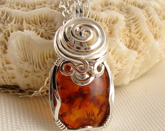 Baltic Amber Necklace - Baltic Amber Pendant - Amber Jewellery - Baltic Amber Jewelry - Amber Necklace - Amber Pendant - Genuine Amber