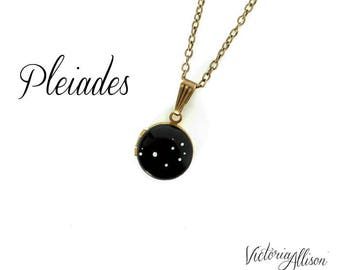 Pleiades Constellation Necklace, Seven Sisters Locket, Vintage Locket, Tiny, Small, Petite, Hand Painted, Brass Chain, Stars