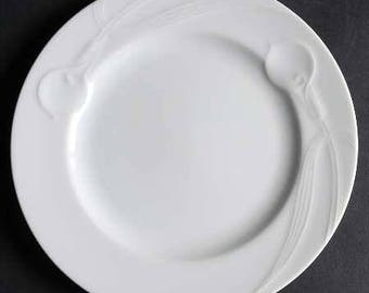 """Vintage Mikasa Classic Flair White 8"""" Salad Plate Embossed Calla Lily EUC Free Ship in US"""