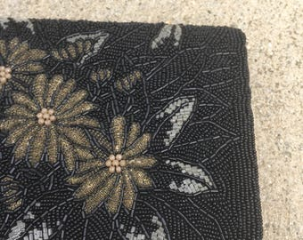 The Black Formal Beaded Flower Clutch Purse