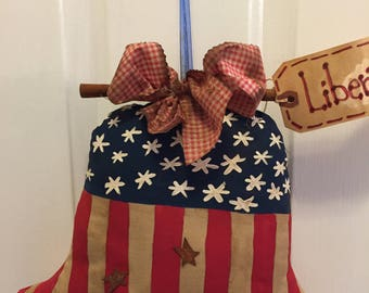 Primitive~FREEDOM~LIBERTY~BELL~Let~Freedom~Ring~u.s.a.~America~Great~Again~Proud~American~Handmade~Lightly~Stained~Love~To~Our~Country~