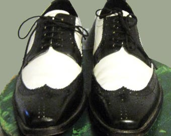 Mens Vintage two tone Wing Tip Shoes by Brutini SZ 10