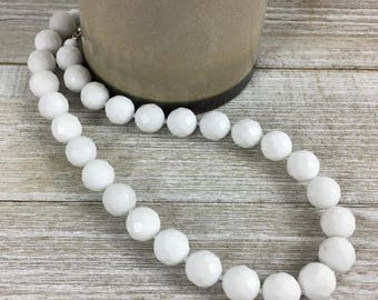Chunky White Necklace, Agate Necklace, Chunky Beaded Necklace, Statement Necklace