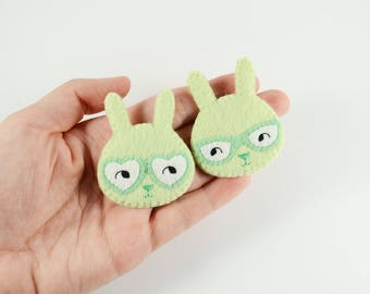 Couple Bunnies Felt Brooch / Couple Brooch / Romantic Felt Rabbit Pin / Felt Rabbit Brooch / Cute Rabbit With Glasses Pin / Mint Bunny