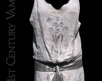 RARE 1920s Dress French Silver Lame by Eugenie et Juliette. Jazz Age. Flapper. Wedding. Museum. Collector. Made In France.