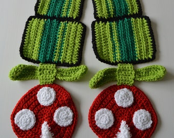 Nintendo Super Mario Brothers Piranha Plant Scarf, Best Seller, Winter Accessory, Perfect Gamer Gift