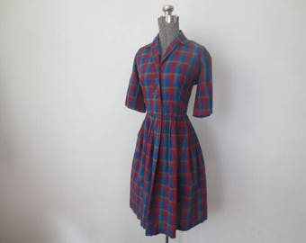 Vintage '50s/'60s Perfect, Simple Cotton Plaid Shirtdress, 36 Inch Bust