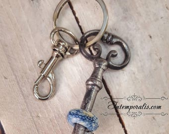 Keyring with antique skeleton key and lampwork bead, OOAK, SAPCCLEF01