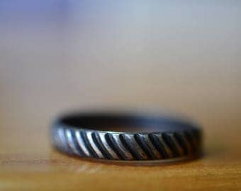Men's Wedding Band, Oxidized Silver Industrial Tyre Patterned Ring with Engraving, Rope Pattern Ring, Custom Engraved Grooms Jewelry