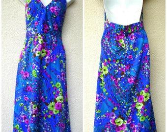 1970s HAWAIIAN Halter DRESS. Blue Hawaiian Dress. Floral Dress. 1970s Hawaiian Dress. Luau Dress. Cruise Dress. Paradise Hawaii. Resort Wear