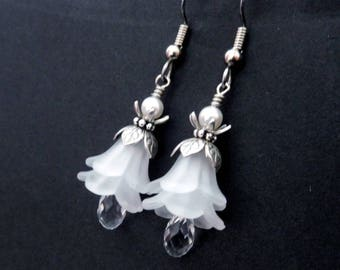White flower layer earrings - lucite lilies, Austrian crystal teardrop dangles, antiqued silver bead caps, frilly bridal floral jewelry